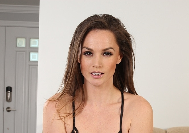 Aliciasgoddesses/Tori Black 4K Solo 4